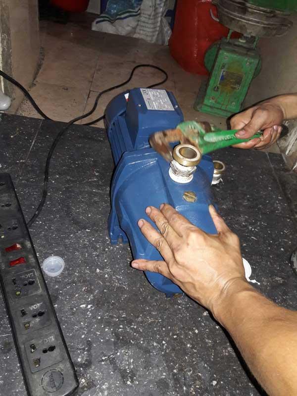 sửa chữa máy bơm nước tại quận tây hồ hà nội